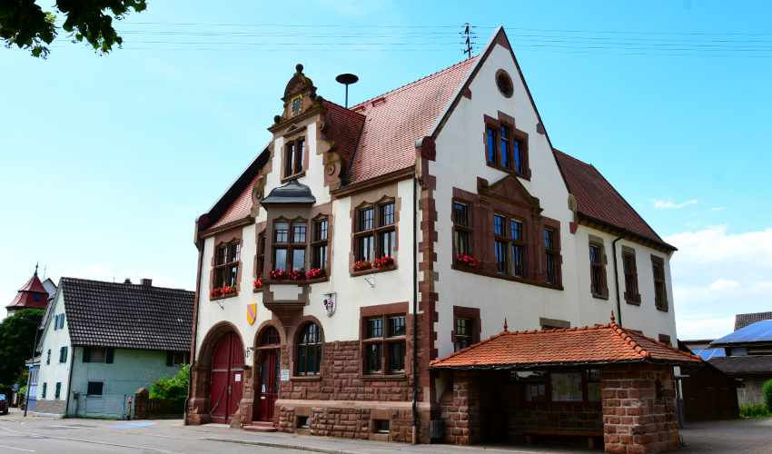 Ortsverwaltung Kürzell, erbaut 1901