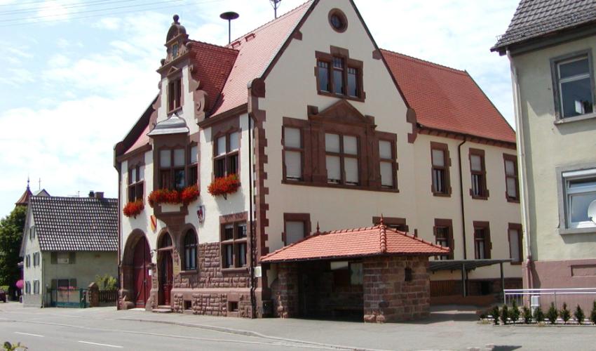 Eurodistrikt-Bus Linie 280 – Haltestelle Rathaus Kürzell